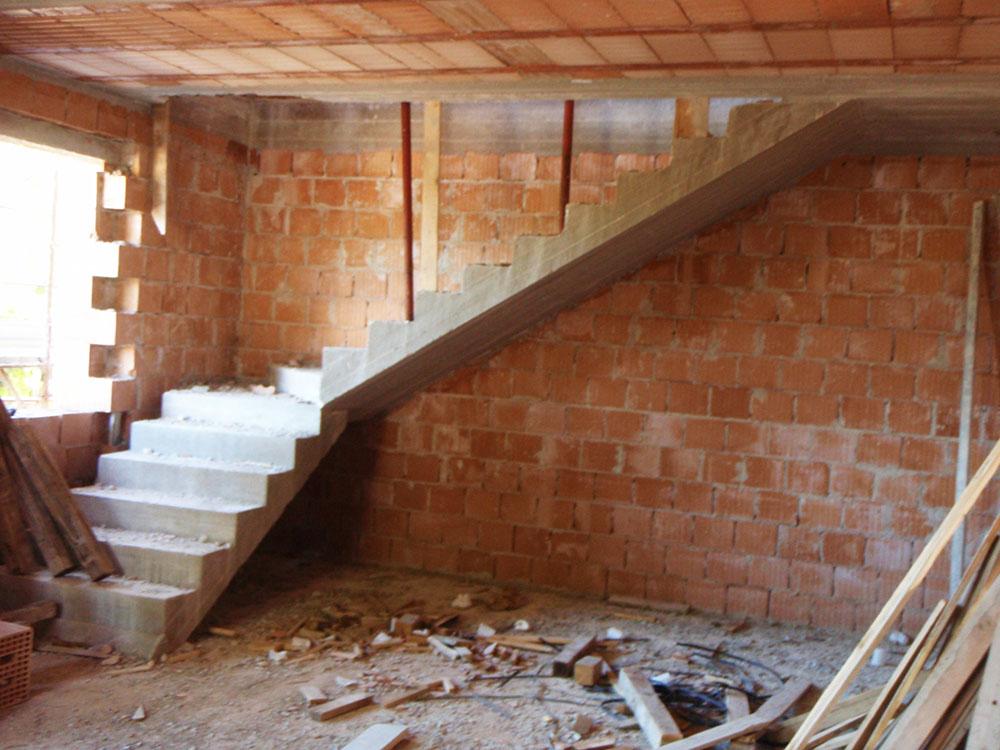 Edificio muratura 06 for Scala in cemento armato a vista