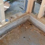 Fissaggio pareti in legno su cordolo
