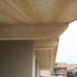 Vista esterna solaio di copertura con arcarecci a vista